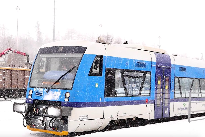 丟掉手機去旅行Day3捷克|特爾奇Telč雪中的童話小鎮&CK到Telč交通指南