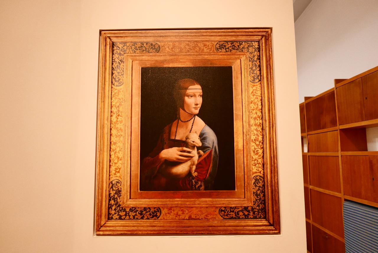 波蘭自由行|藏身於克拉科夫國家博物館的達文西名畫——抱銀貂的女子